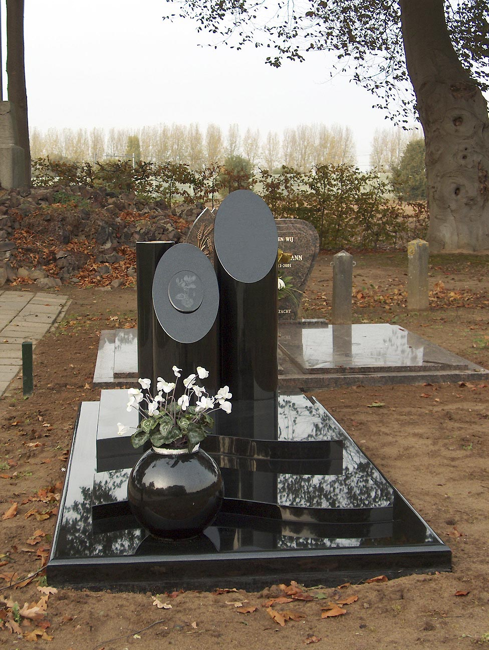Exclusief grafmonument AN (EX010)