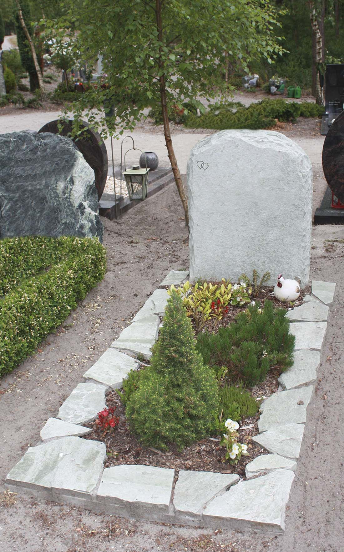 Ruwe steen Grafmonument BSK (RS052)